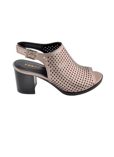 Esstii 421 Ten Kadın Topuklu Ayakkabı Gümüş